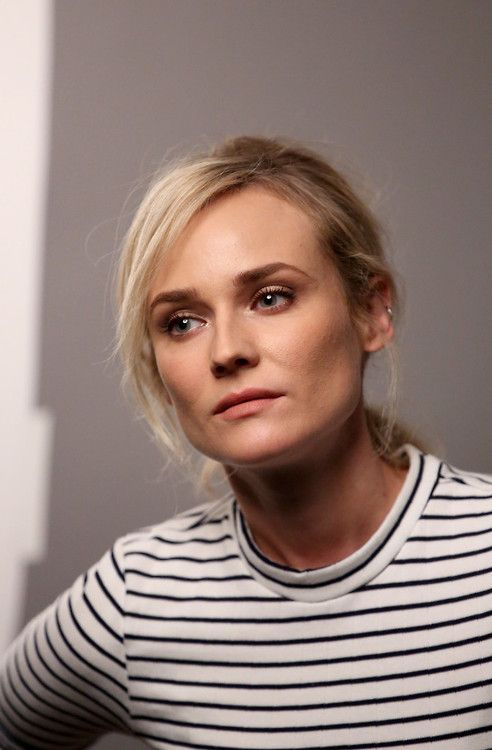 DK does stripes.: Inspiration Style Icons, Fashion Beauty, Stripes Style, Serious Stripes, Stripes Stripes, Fashion Style Beauty, Diane Kruger, Style Fashion