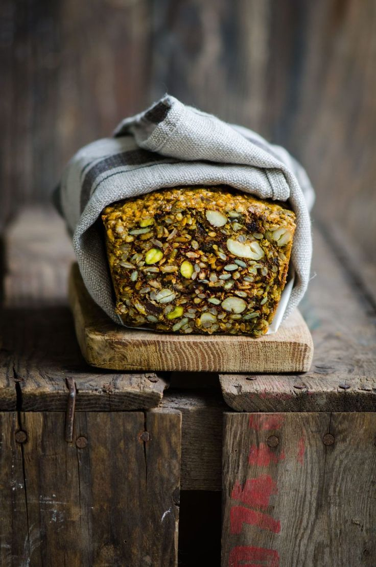 Fruit and Nut Nordic Bread – Eighty 20 Nutrition