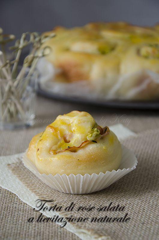 Torta di rose salata con pasta madre