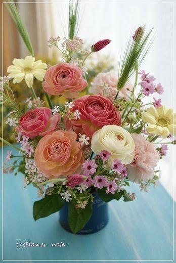 【今日の贈花】春!合格おめでとう|横浜 上大岡 アレンジメント教室「小さなお花の教室」 http://ameblo.jp/flower-note/entry-11785833014.html