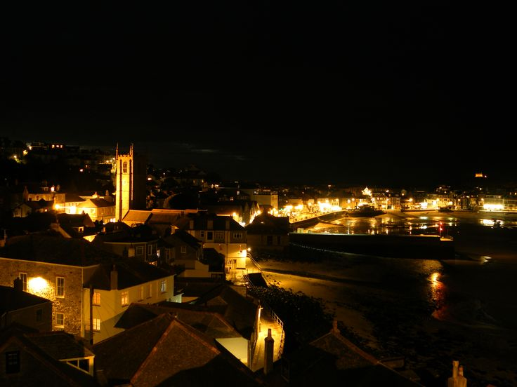St Ives harbour by night by Ian Badger. #cornwall #coast