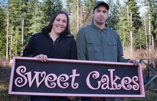 'Sweet Cakes' Owners' Bank Accounts Seized as Damages for Refusing to Bake Wedding Cake for Lesbian Couple