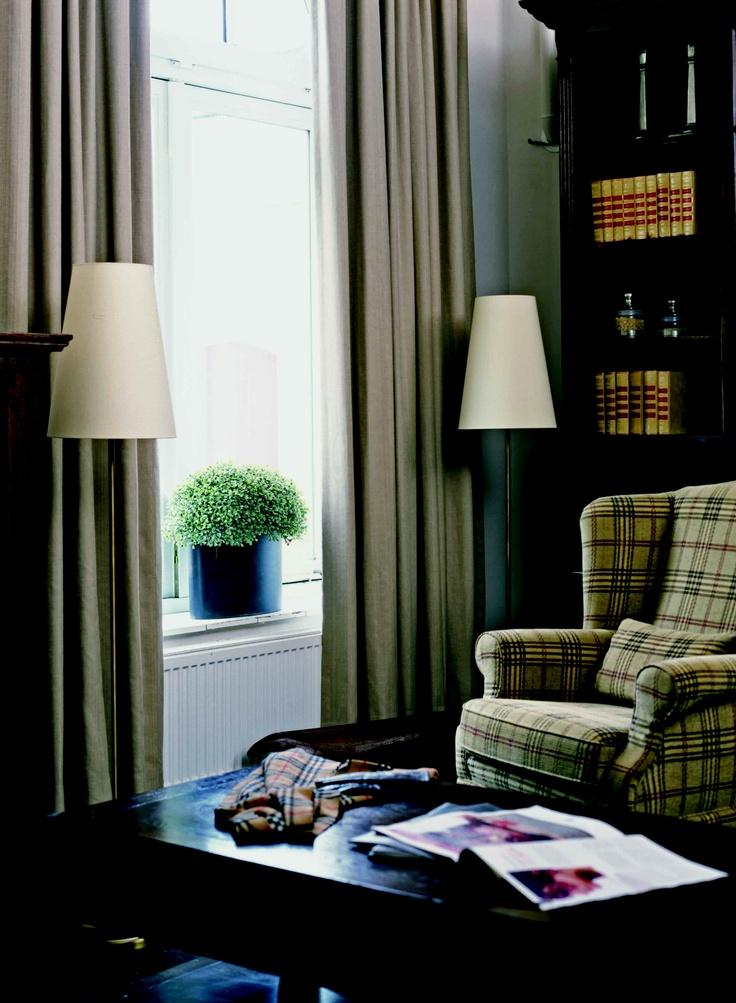 Klassiek en warm interieur met gordijnen klassiek interieur pinterest interieur en met - Gordijnen landelijke stijl chique ...
