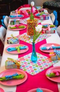 Table multicolore