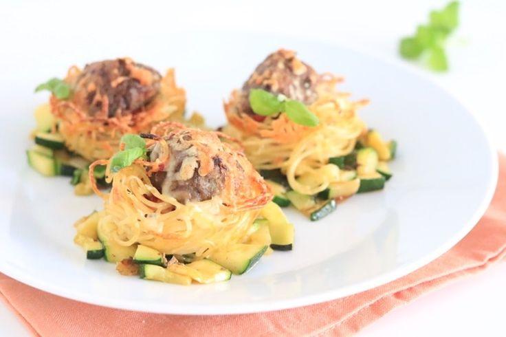 Spaghetticupjes met gehaktballen – FOOD
