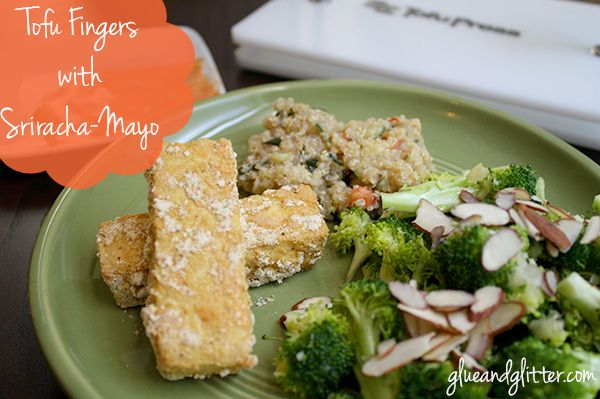 Baked Tofu Fingers with Sriracha-Mayo Dipping Sauce