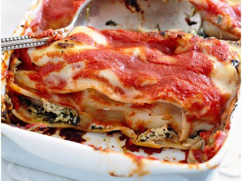 Spinach and ricotta cannelloni: Try Fast Ed's delicious Spinach and ricotta cannelloni. The family will love it!