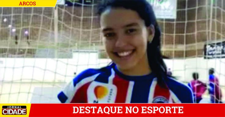 Iniciada no vôlei de Arcos, mineira se destaca e assina com Olympico.>http://goo.gl/zrD1x2