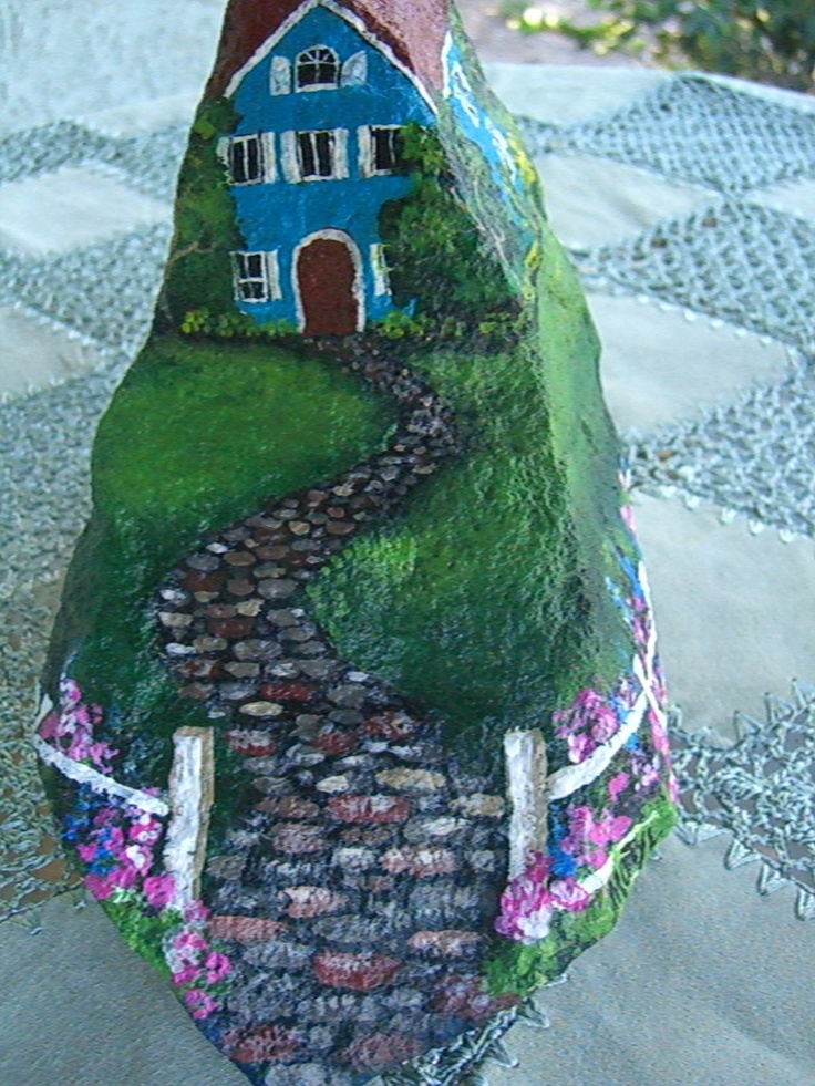 PIEDRA-Blue House painted on a rock