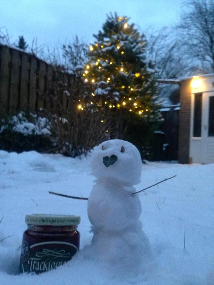 Beetroot & Horseradish Relish in the snow #Tracklements #Snow #Wiltshire #Snowman