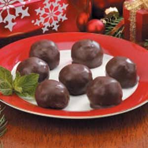 Crunchy Peanut Butter Balls  --  these are a little different from your traditional peanut butter balls. No butter or confectioners sugar!  These are made with marshmallow cream and rice krispies.