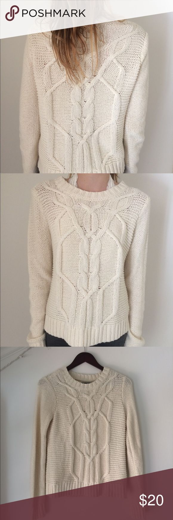 NWOT A&F Knit Cable Classic Sweater NEVER WORN (NWOT). This cable knit, size SMALL sweater can be worn by sizes XS and S. Both models are 5'7 and the sweater ends a little below the hips (a great fit). Comment any questions below and don't be afraid to make offers or bundle this one up! Abercrombie & Fitch Sweaters Crew & Scoop Necks