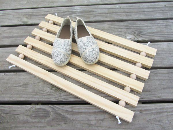 Picture of How to Make a Modern Doormat Out Of Wood For Your Home