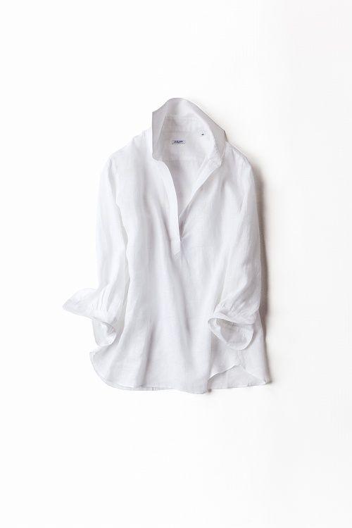 リネンの肌触りがやさしいスキッパーシャツ