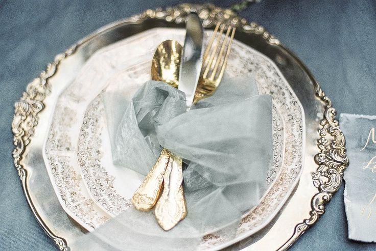Wedding Place setting | Charming Old World Wedding | Dusty blue and gold wedding table decoration | itakeyou.co.uk