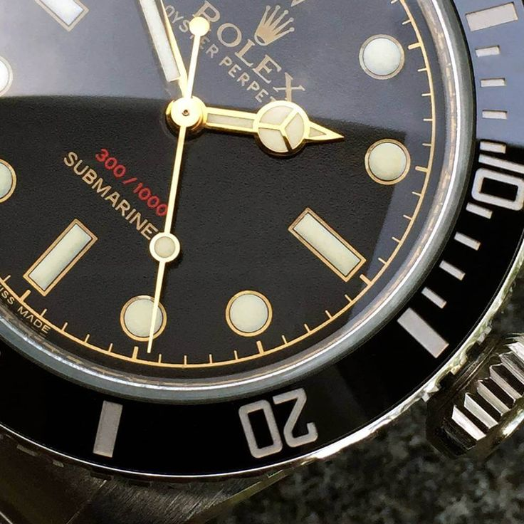 Tempus Machina Ref. 216A - A customized Rolex Submariner reminiscent of the Ref. 6538 (live pics & price) - Monochrome-Watches