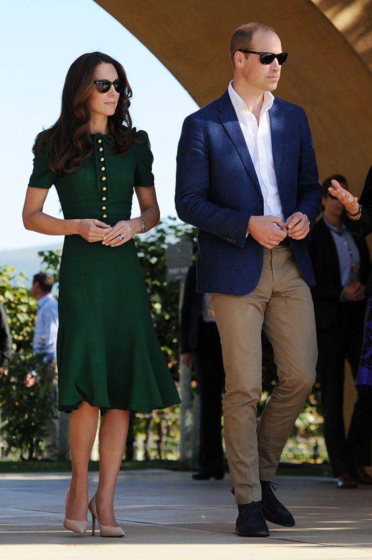 Kate Middleton fashions Ray-Ban wayfarers as she enjoys the sunshine with Prince William, Canada.