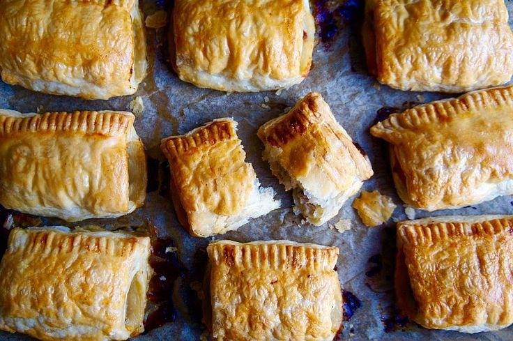 Sausage rolls with chilli, feta and sage – Notes of Bacon