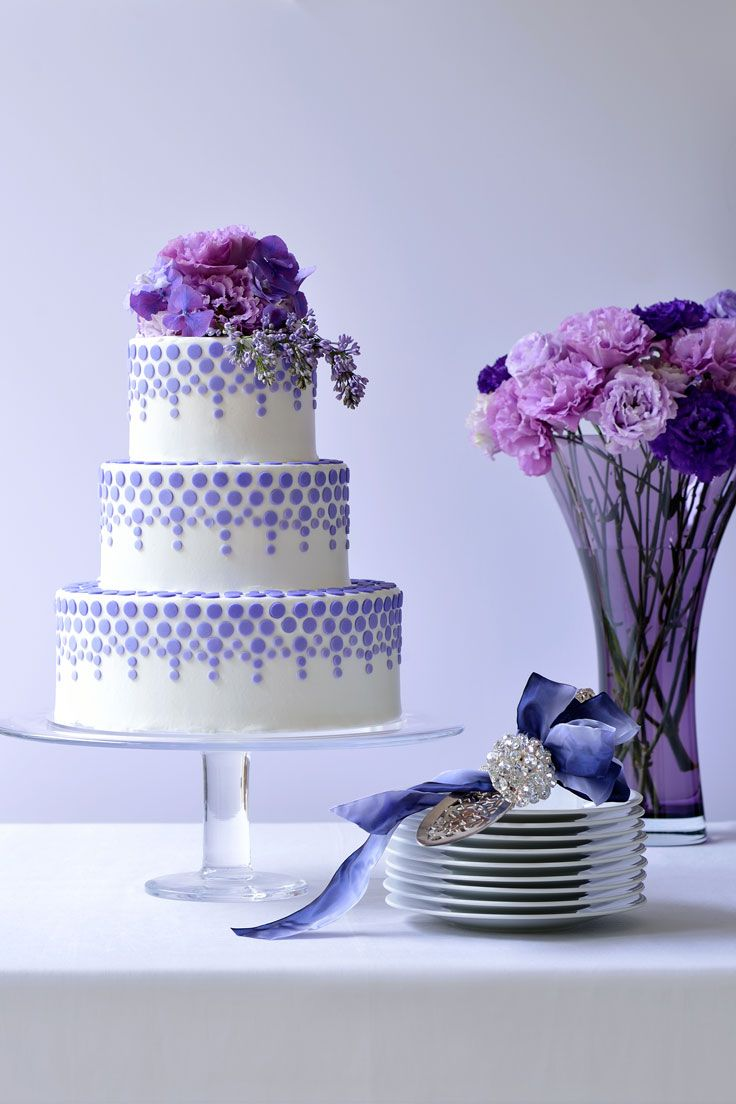 #NOVARESE #weddingcake #flower #purple #dot #blue #ribbon #dish