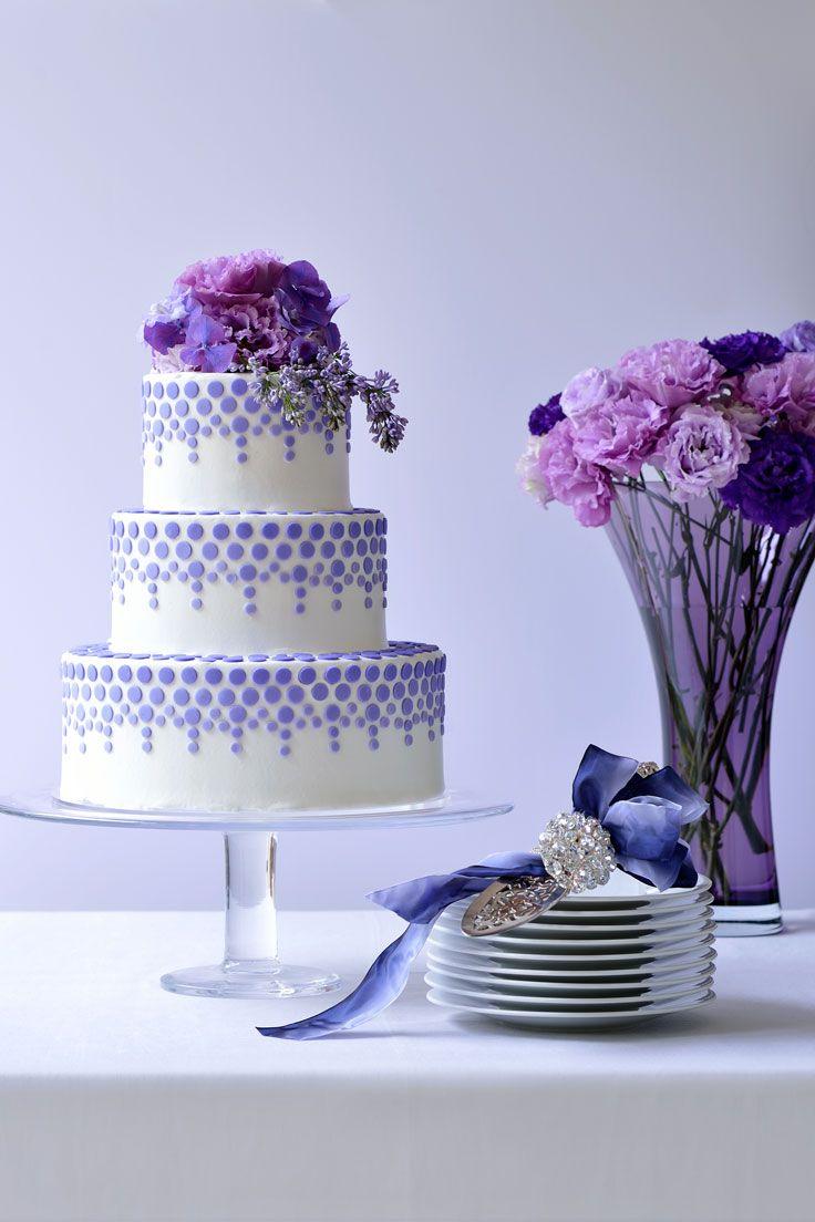 #NOVARESE #weddingcake #flower #purple #dot #blue #ribbon #dish
