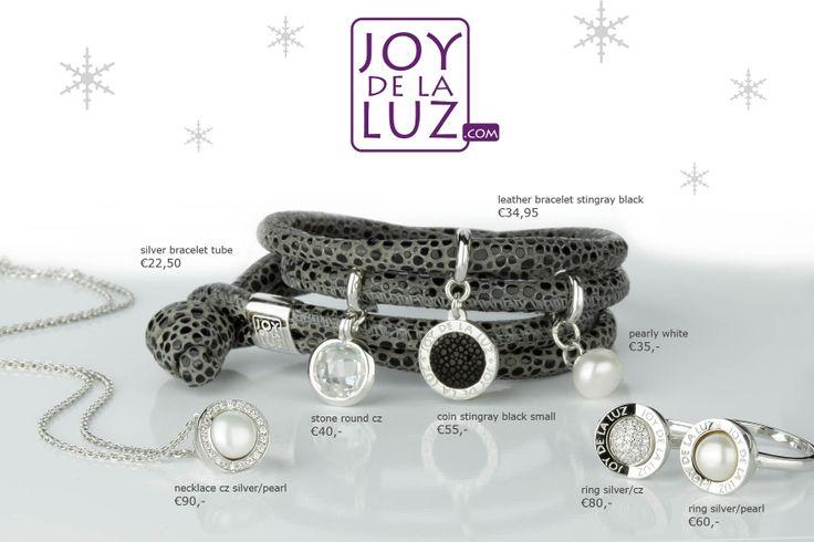 Joy de la Luz Christmas jewellery
