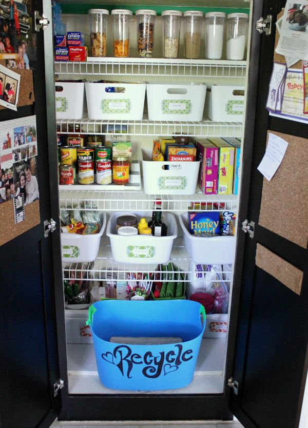 organizing the kitchen pantry 124 best images about organizing pantry closet on 3802