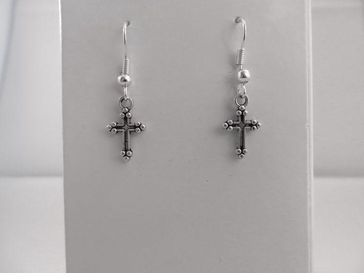 Boucles d'Oreilles croix de la boutique Cabaneabijoux sur Etsy