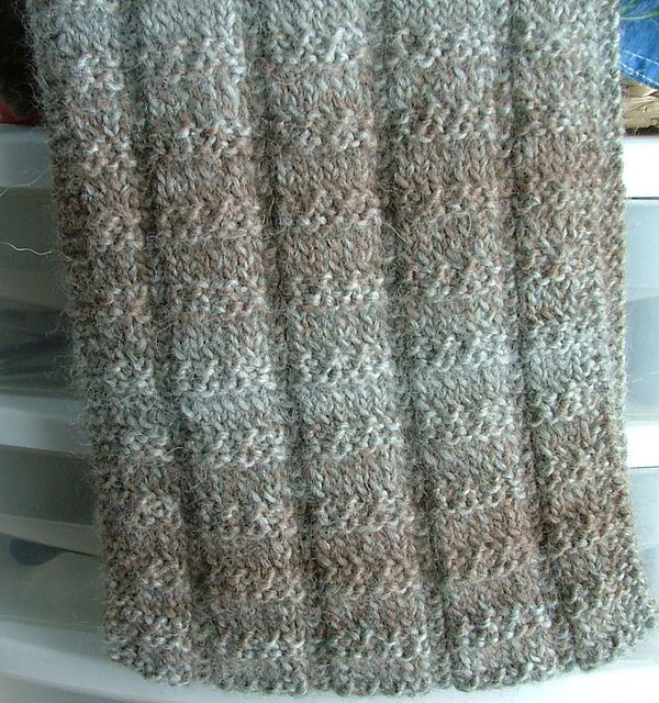 Knitting Loom Scarf Stitches : 5100 best images about CHALES ET ECHARPES A TRICOTER on Pinterest Knitted s...