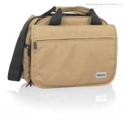 Geanta multifunctionala Inglesina My baby bag este un bun accesoriu. Incapatoare si special compartimentata este perfecta pentru a transporta toate lucrurile necesare copilului. Buzunarul termic pentru biberon este ideal pentru pastrarea hranei bebelusului la temperatura dorita.