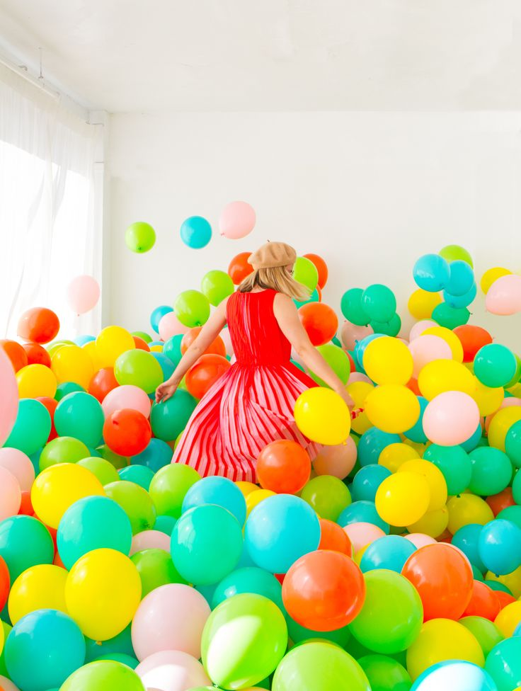 This Is What 1000 Balloons Looks Like