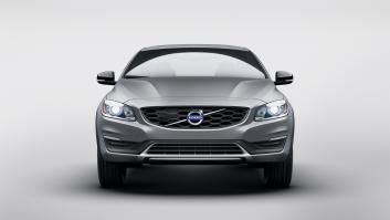 Gallery 2015 Volvo S60 Cross Country