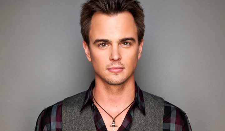 The Bold and the Beautiful's Darin Brooks (Wyatt Spencer) will be appearing on the CBS sitcom 2 Broke Girls.