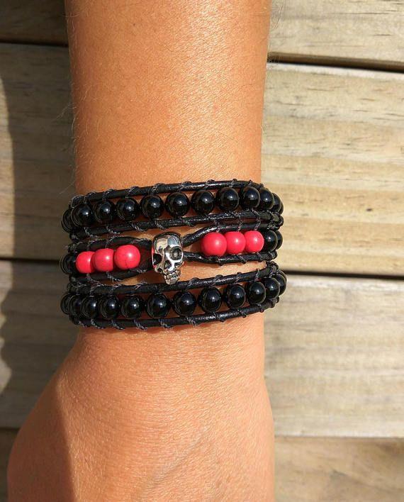 #Etsybracelets #etsyseller #wrapbracelet #beadedbracelet #triplewrapbracelet #triplewrap #rockerstyle #rocknrollbracelet #rocknrolljewelry #womenmens Skull wrap bracelet, Triple wrap bracelet, Unisex skull bracelet