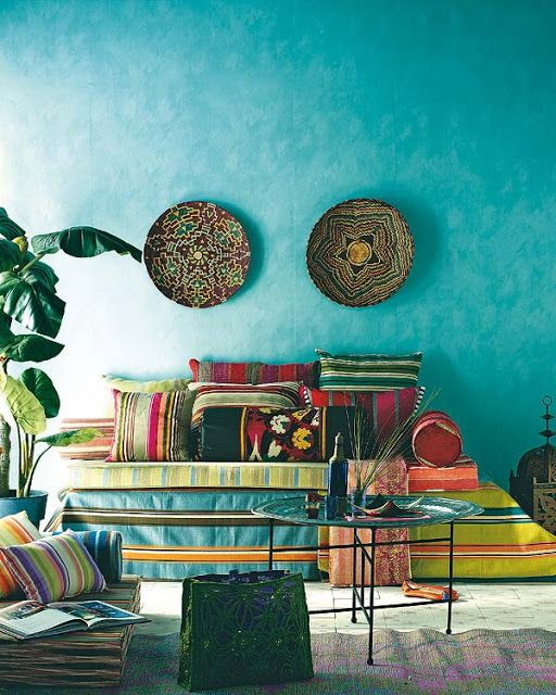 Moroccan style living room with a great wall color