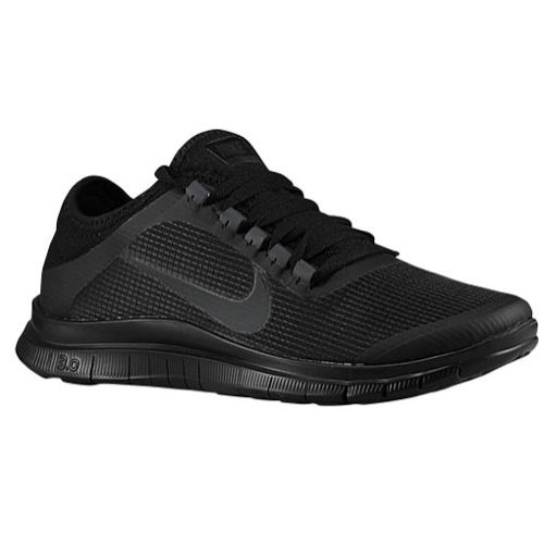 Nike Free 3.0 || I love matte. So obsessed so to see this MATTE BLACK running shoes made me fall hard. So many nikes to choose from, but so little money :(