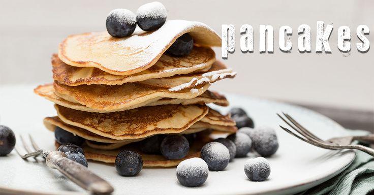 Delicious pancakes with fruit for breakfast, sometimes you have to draw something else for breakfast or lunch , bake these pancakes with fruit and eat them for example some fruit or sugar or and and