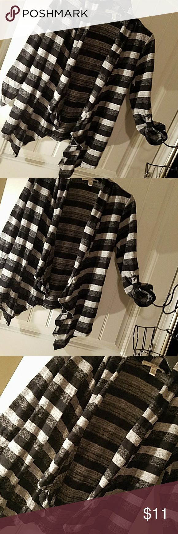 French Laundry size medium petite cardigan. Black and gray,  open front , waist length , draped front , no closures front falls into pointed edges. 3/4 sleeves that roll back with button closure. French Laundry Sweaters Cardigans