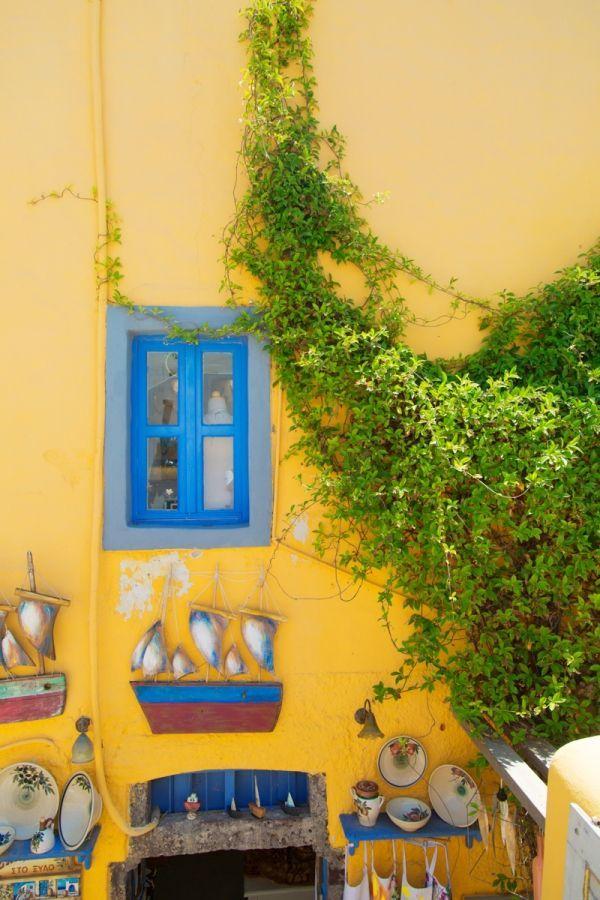 #MeetTheMindells: Our Honeymoon (Part 1!) in Santorini