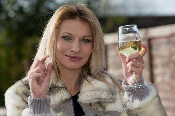Как 20 пенсов могут изменить всю жизнь!  29-летняя украинка выиграла 238 тысяч фунтов в казино William Hill  http://guide-poker-casino.com/ru/news_261.html