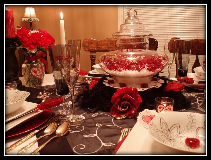 Dining Room, Delightful Dining Room Valentine Day Design Ideas With Lovely Glass Jar Centrepiece And Faux Snow Red Heart Garland Ideas: Interesting Romantic Moment At Dining Tables for Excellent Valentine Day