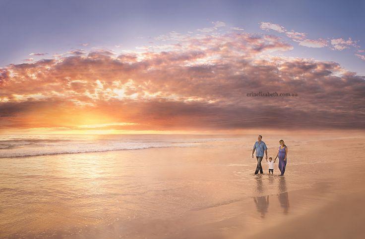 Beach family photos | Perth Maternity Photography - Perth Newborn Photographer | Perth Family Photography | Erin Elizabeth Photography