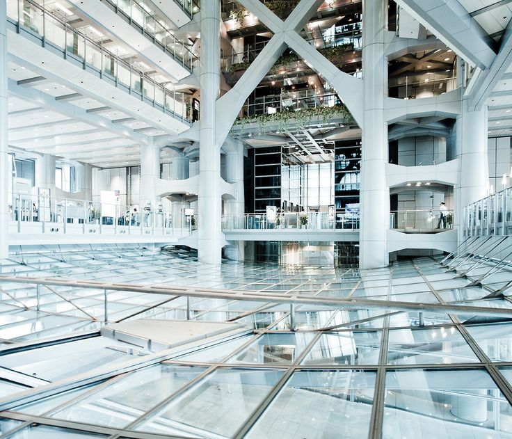 17 best images about hsbc building foster and partners for Norman foster strutture