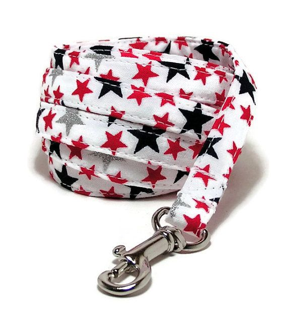 XS Leash  Stars   3/8 wide XS 4 or 6 Feet Long by PawsnTails, $22.00