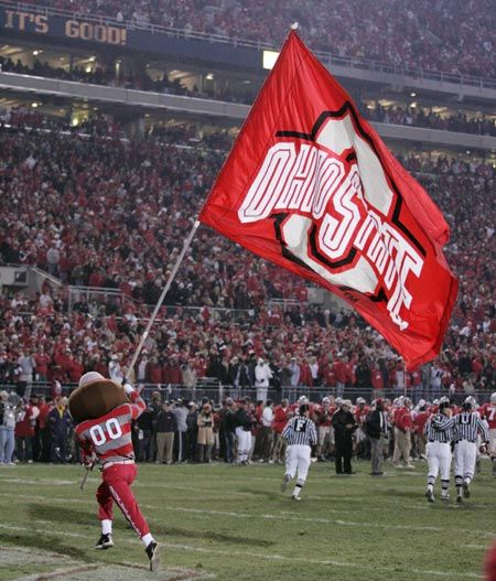 We don't give a damn about the whole state of Michigan 'cause we're from OHIO!!! Go Buckeyes!!!!!!