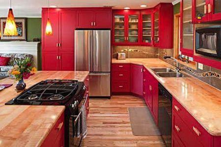 Cucina Rossa, ad ognuno il suo stile! Per sapere quanto ti costa rifare la cucina del tuo appartamento a Napoli o a Roma, contattaci: www.casapiubella.com
