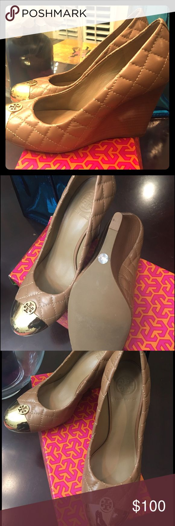 Tory Burch Cream Wedges w/ Gold Toe Authentic Tory Burch Cream Quilted Wedges w/ Gold Toe Tory Burch Shoes Wedges