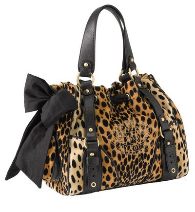 Want this purse. Its one of my favs <3