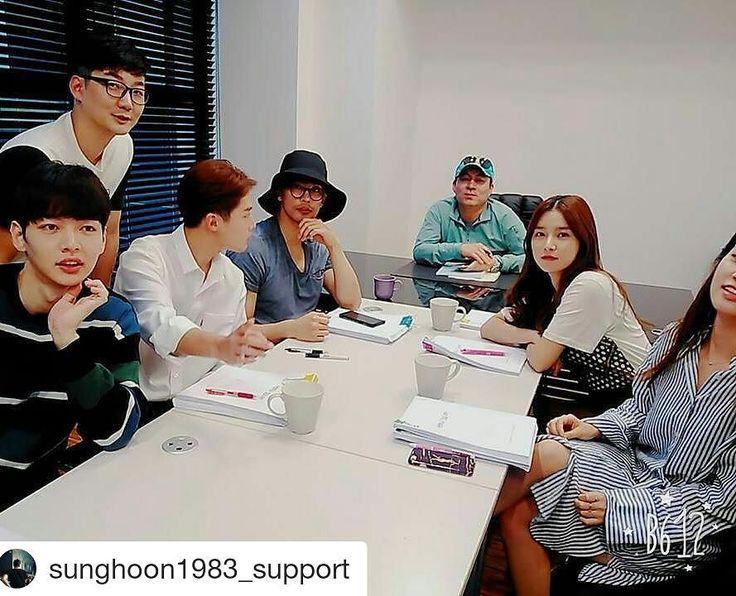 37 個讚,2 則留言 - Instagram 上的 Debbie Moh(@debbie_moh):「 #Repost @sunghoon1983_support ・・・ [ MOVIE ] #SUNGHOON , DIRECTOR #KimJeongKwon , #kimsoeun & Other… 」