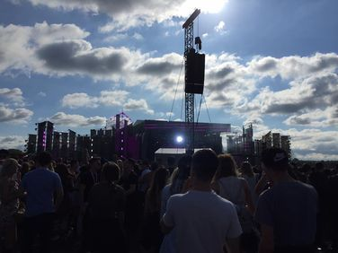 *VERY LATE* CREAMFIELDS FESTIVAL REVIEW