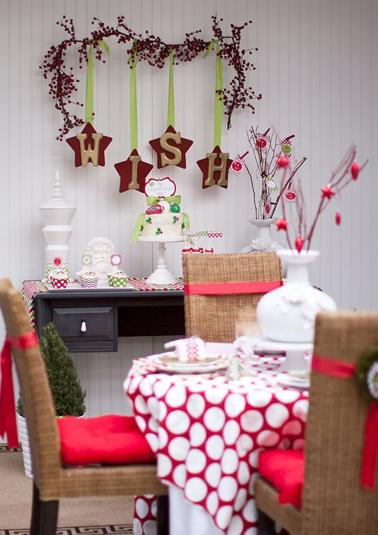 love the wish branch: Christmas Parties, Christmas Holidays Mi, Polka Dots, Christmas Holidays Parties, Christmas Tables, Christmas Wishes, Parties Ideas, Events Ideas, Photo